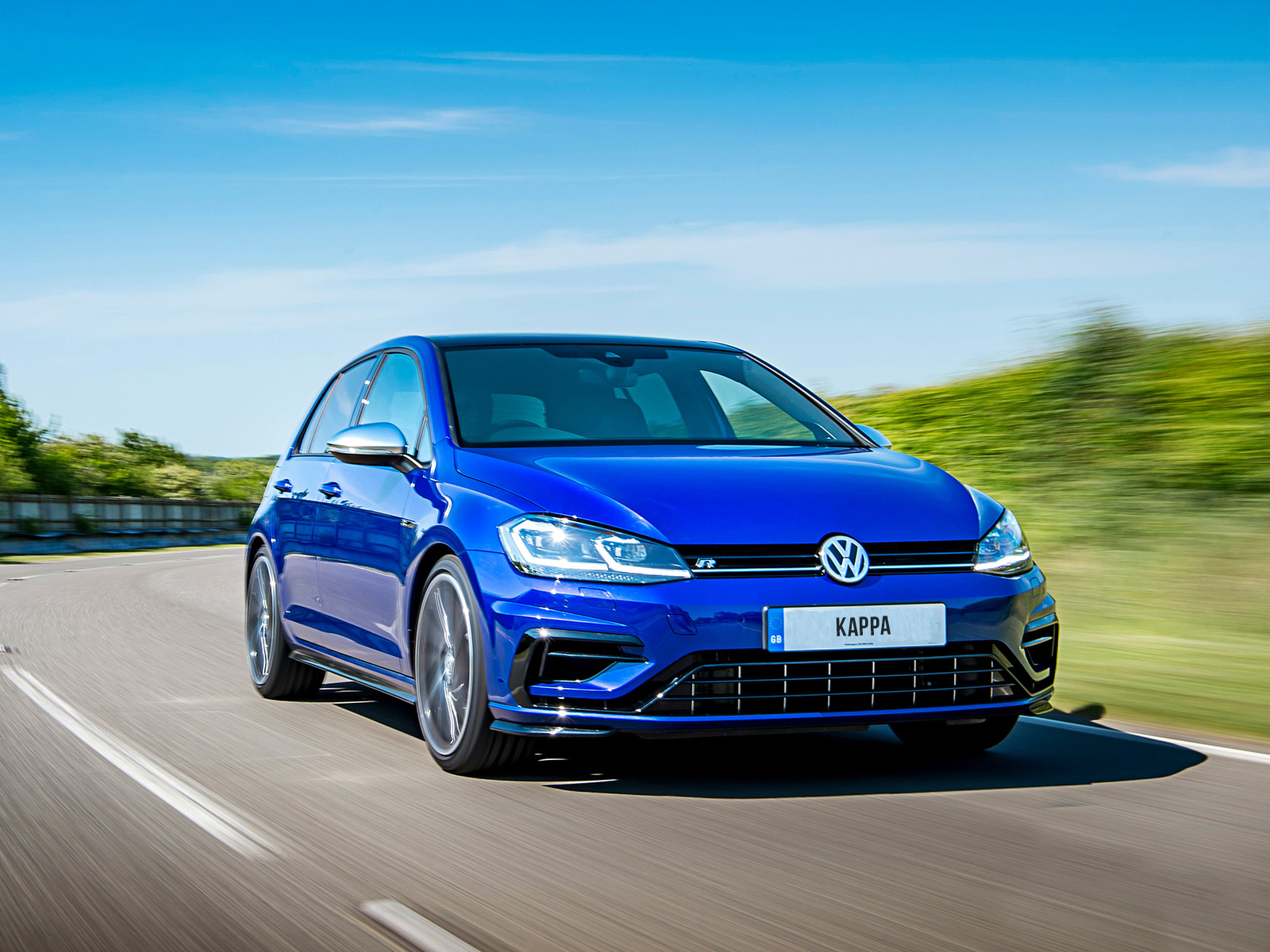 2018_volkswagen_golf_r_performance_pack_uk_4_1600x12000